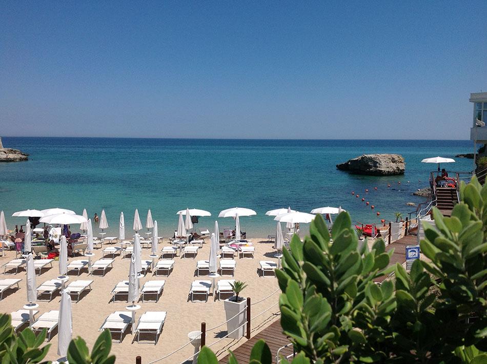 Matrimonio Spiaggia Monopoli : Spiaggia capitolo monopoli ponte giugno in puglia